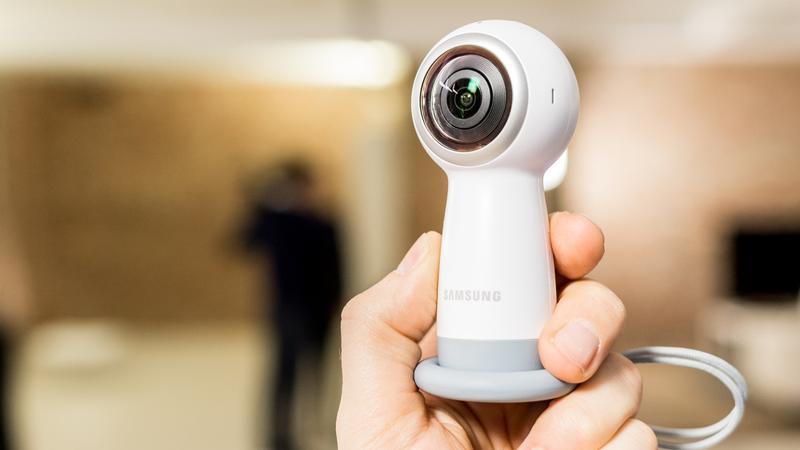 الكشف عن كاميرا Gear 360 2017 من سامسونج: المواصفات والسعر 797522295