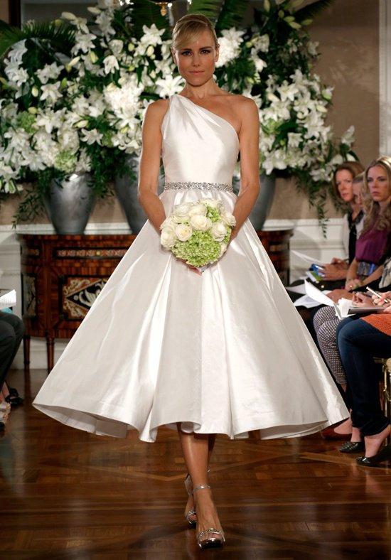 فساتين زفاف قصيرة للعروس العصرية حصري 2017 431419342.jpg