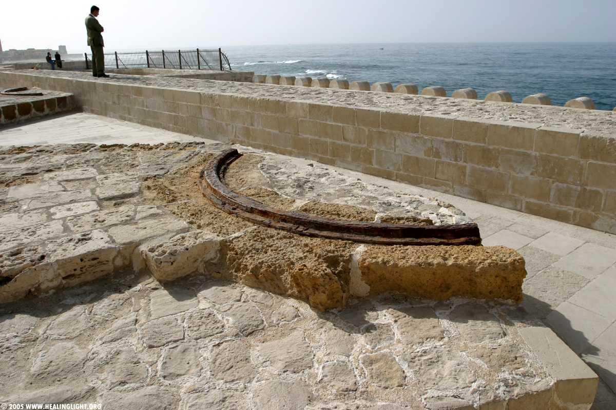 تعرف على قلعة قايتباي التاريخية في الاسكندرية 2018 743383154.jpg