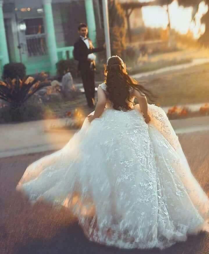 عَروستناا محلاهاا بالكُون