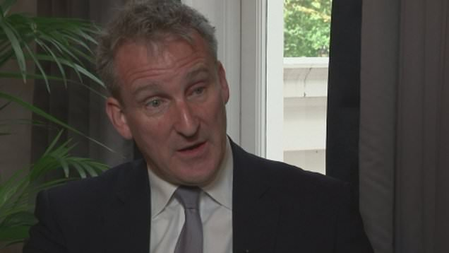 Stats watchdog blasts Education Secretary Damian Hinds over 'serious' errors in school claims
