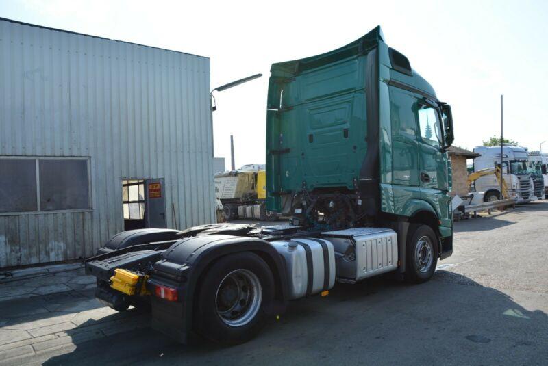 للبيع شاحنه مرسيدس اكتروس 1845mp4 476405660.jpg